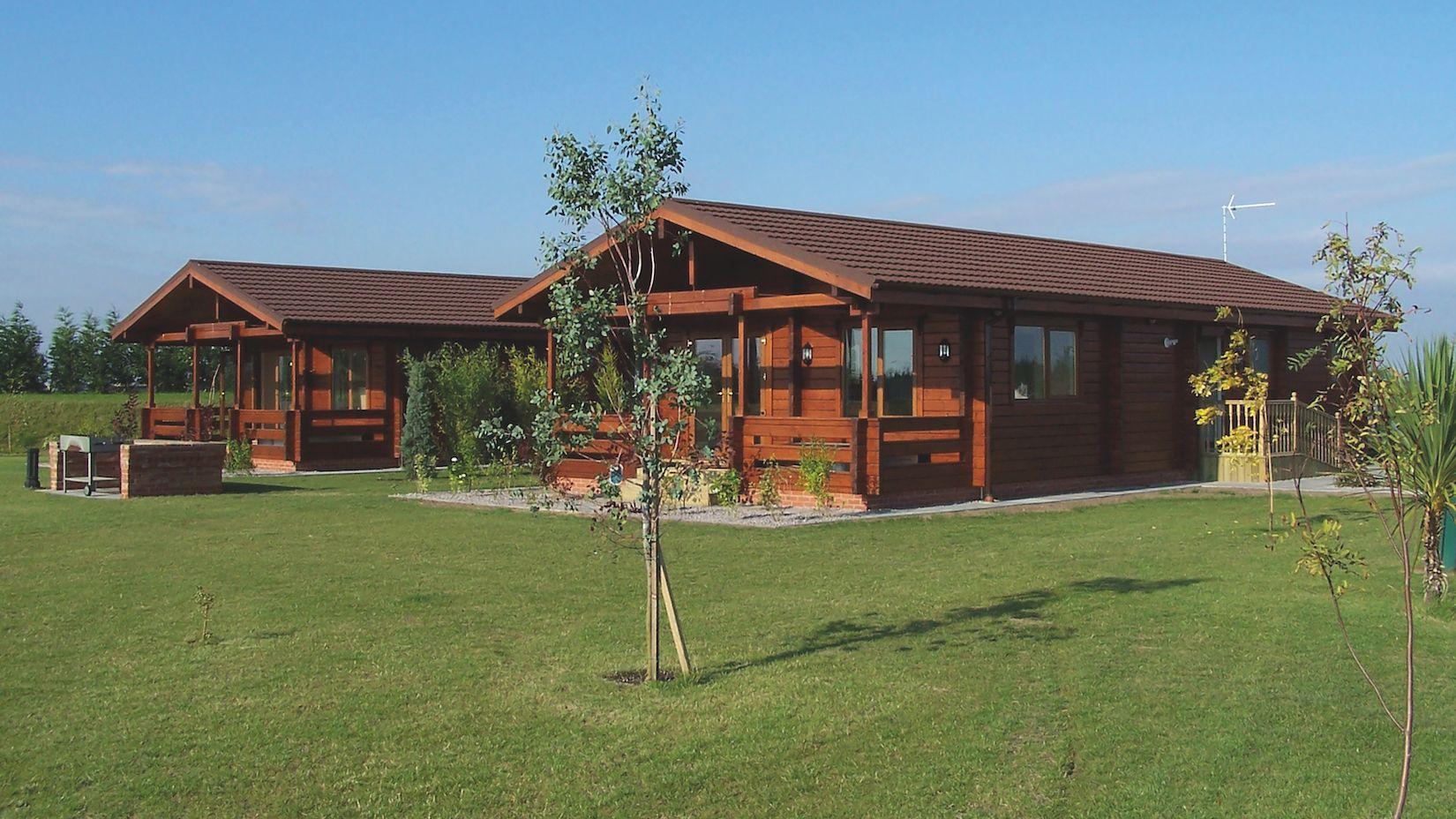 The Westwood – 2 Bedroom Log Home