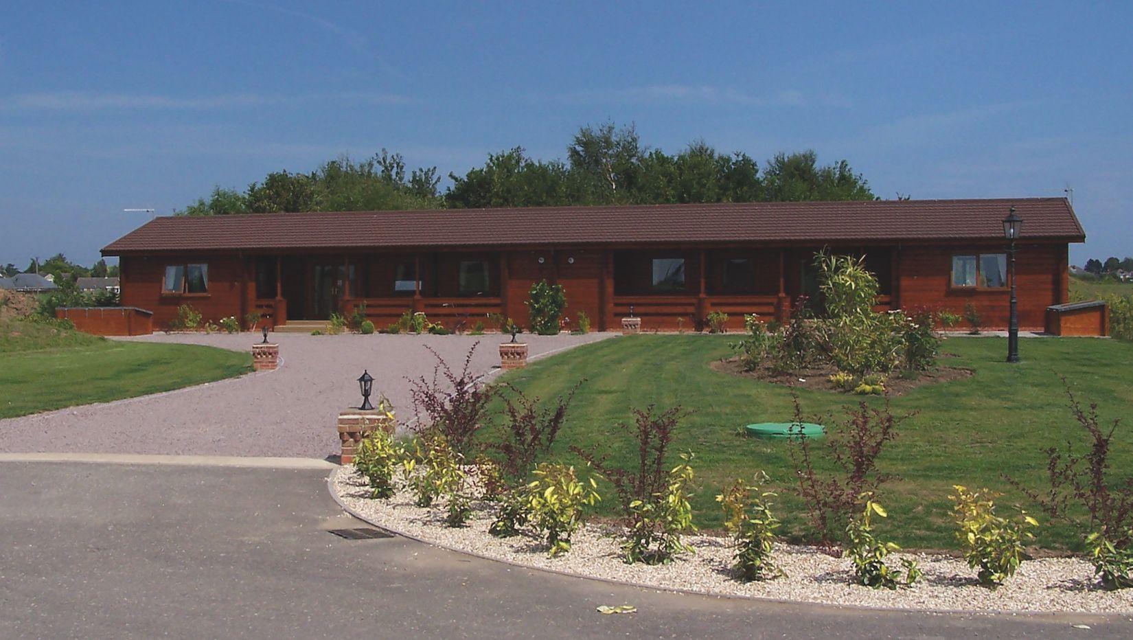 Premier Log Homes semi detached log cabin