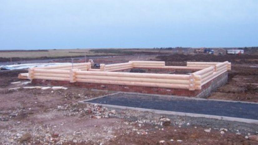 round log build