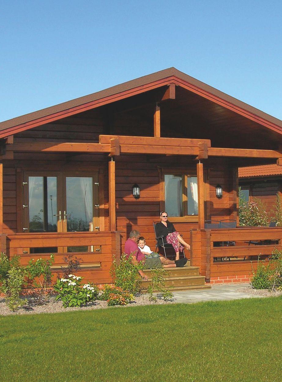 Premier Log Homes residential log buildings cafeteria